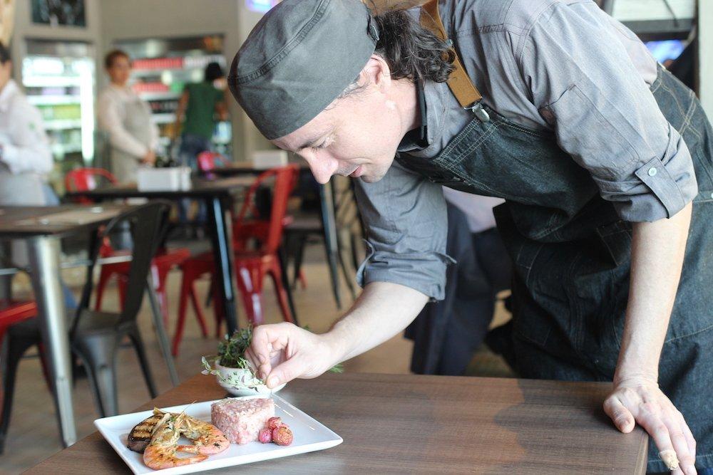 "Chef Ghirelli (Lounge Cafè): ""lavorare in cucina è responsabilità per la salute"""