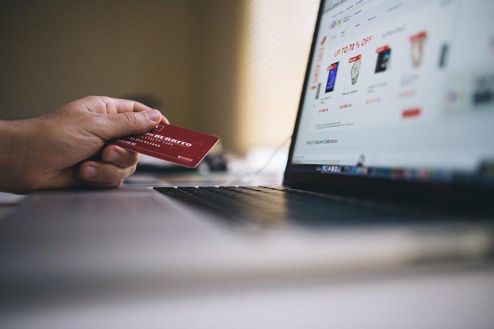 E-commerce: Noon-eBay versus Souq-Amazon