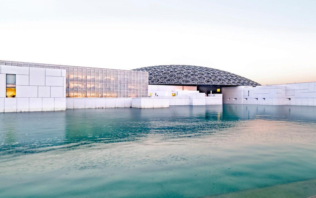 Il Louvre di Abu Dhabi, il museo che incanta