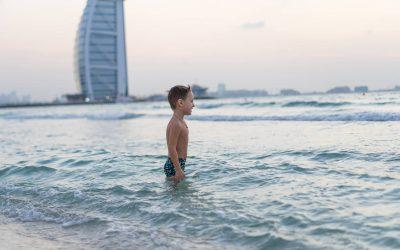 """I bambini italiani di Dubai: quando """"Casa"""" non si trova nel Paese del passaporto"""