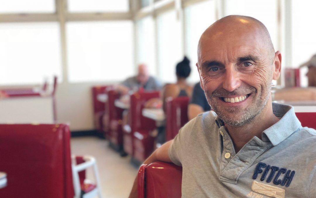"""Simone Sistici e nuova """"onda"""" di supporto e conoscenza per la comunità italiana negli Emirati"""
